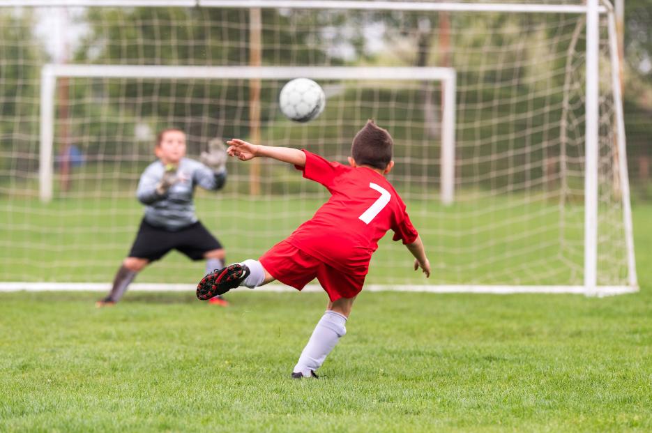 soccer knee pain